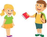 Pojken ger en bok till vännen Fotografering för Bildbyråer