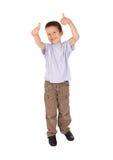 Pojkeshows göra en gest okay royaltyfri fotografi