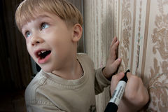 pojketeckningsvägg Royaltyfri Fotografi