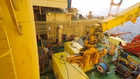 Pokładu ładunku operacje na na morzu wiertniczym takielunku zdjęcie wideo