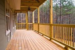 pokładu drewno domowy gankowy fotografia stock