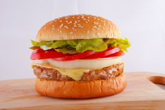 Pok乳酪汉堡 免版税图库摄影