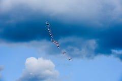 Pokaz lotniczy Szwajcarska akrobatyczna komarnicy drużyna przy Lugano Zdjęcie Royalty Free