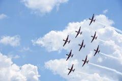 Pokaz lotniczy Szwajcarska akrobatyczna komarnicy drużyna przy Lugano Zdjęcia Royalty Free