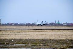 Pokaz lotniczy w niebie nad Krasnodar lota lotniskowa szkoła Fotografia Royalty Free