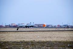 Pokaz lotniczy w niebie nad Krasnodar lota lotniskowa szkoła Zdjęcie Stock