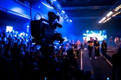 Pokaz Mody, wybiegu wydarzenia telewizi transmisja obraz royalty free