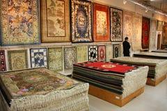 pokazu dywaników sprzedaży jedwab fotografia stock