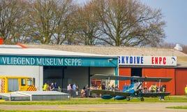 Pokazuje wydarzenie przy latajÄ…cym muzeum lotniskowy seppe Breda, Bosschenhoofd holandie, Marzec 30, 2019 zdjęcie stock