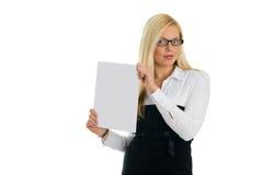 pokazywać kobiety młode pusty biznesowy papier Zdjęcie Stock
