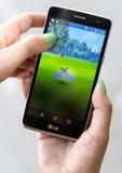 Pokemon在手上去比赛 Zubat 图库摄影