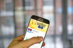 Pokemon Iść na Samsung s7 ekranie Fotografia Royalty Free
