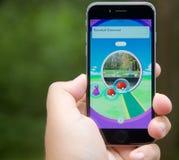 Pokemon vont APP montrant un arrêt de poussée Photographie stock libre de droits