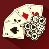 Poker-Karten und Chips, Schmutz-Hintergrund Stockfotos