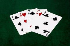 Pokerhänder - utsålt - sju och fem Royaltyfria Bilder