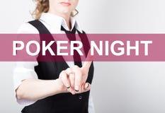 Pokernatt som är skriftlig på den faktiska skärmen Teknologi-, internet- och nätverkandebegrepp kvinna i en svart affärsskjorta Royaltyfria Foton