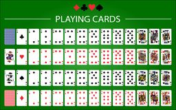 Pokersatz mit lokalisierten Karten auf gr?nem Hintergrund stock abbildung