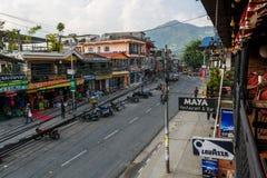 Pokhara Nepal, Październik, - 20: Główna zakupy ulica w Pokhara, na Październiku 20 2015 w Pokhara, Nepal Zdjęcia Stock