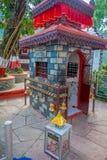 POKHARA NEPAL, WRZESIEŃ, - 04, 2017: Zamyka up Tal Barahi świątynia, jest najwięcej, lokalizować przy centrum Phewa jezioro, Fotografia Royalty Free