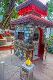 POKHARA NEPAL, WRZESIEŃ, - 04, 2017: Zamyka up Tal Barahi świątynia, jest najwięcej, lokalizować przy centrum Phewa jezioro, Zdjęcia Royalty Free