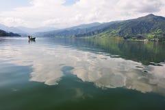 Pokhara sjö Royaltyfri Foto