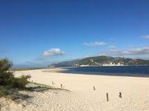 Pokojowa plaża, Troia półwysep, Lisboa, Portugalia Zdjęcia Royalty Free