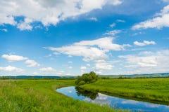 Pokojowego lata wiejski krajobraz Zdjęcia Royalty Free