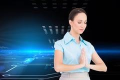 Pokojowy młody bizneswomanu modlenie Zdjęcie Royalty Free