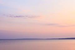 Pokojowy ranek przy jeziorem fotografia royalty free