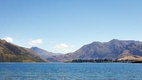 Pokojowy widok Wanaka jezioro w Nowa Zelandia obrazy royalty free