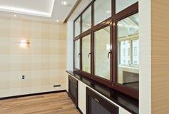 pokoju pusty wewnętrzny żywy nowożytny styl zdjęcie royalty free