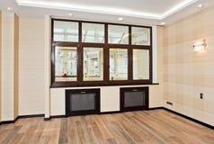 pokoju pusty wewnętrzny żywy nowożytny styl zdjęcie stock