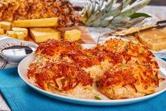 Pokrojeni mięso kotleciki piec w piekarniku fotografia stock