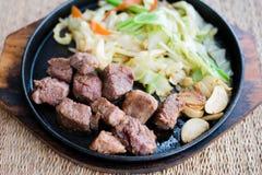 Pokrojony kostka do gry wołowiny stek Fotografia Stock