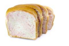 Pokrojony Pszeniczny chleb na białym tle Obrazy Royalty Free