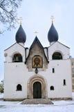 Pokrovsky domkyrka på kloster av helgon Mary och Martha, Moskva Arkivbild