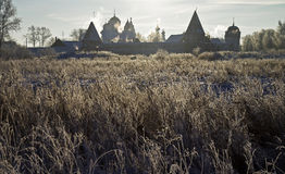 Pokrovsky klasztor w backlight Suzdal, Rosja (,). Obraz Stock