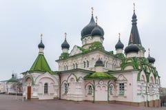 Pokrovsky kloster, ortodox domkyrka med a Arkivbilder