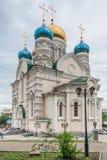 Pokrovsky rysk ortodox domkyrka i Vladivostok, Ryssland Royaltyfria Foton