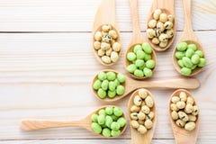 Pokryci arachidy gałęzatka i wasabi smak Obrazy Stock