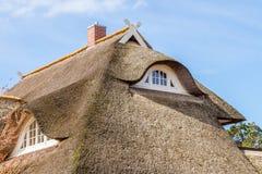 Pokrywający strzechą dach Obrazy Royalty Free