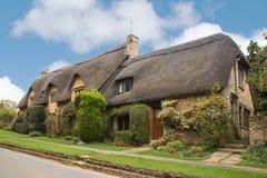 Pokrywający strzechą Dachowy Anglia Zdjęcia Stock