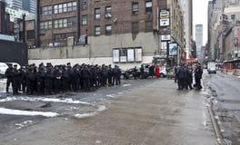 Polícia de New York na véspera de Ano Novo fotos de stock