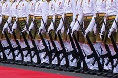 Polícia malaia real que marcha durante o Dia da Independência de Malásia Fotos de Stock