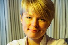 Político ruso, activista ambiental Yevgenia Chirikova, retrato Imagenes de archivo