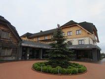 Polônia, complexo Pajero do turista Tudo para visitantes - lojas, cafés, um hotel, lembranças fotografia de stock royalty free