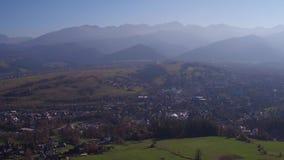 Polônia video panorâmico das montanhas do verão/outono 4k Zakopane Tatra do zangão video estoque