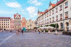 Polônia, Wroclaw 2017 07 30 A câmara municipal velha em Wroclaw e em mercado, Wroclaw é a cidade a maior no Polônia e no histo oc Imagem de Stock Royalty Free