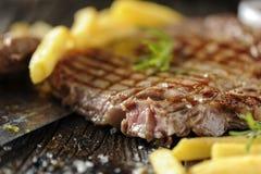polędwica piec na grillu stek obrazy stock