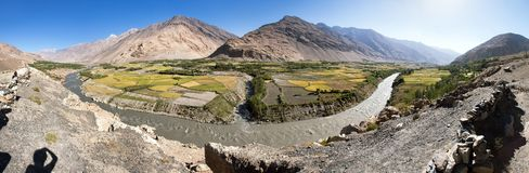 Pola aroun Panj rzeka i Pamir góry Afganistan obraz stock